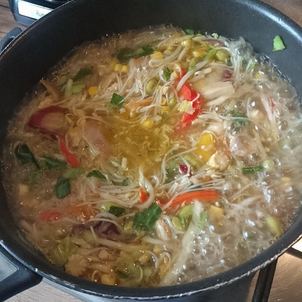 SW Chicken Ramen cooking