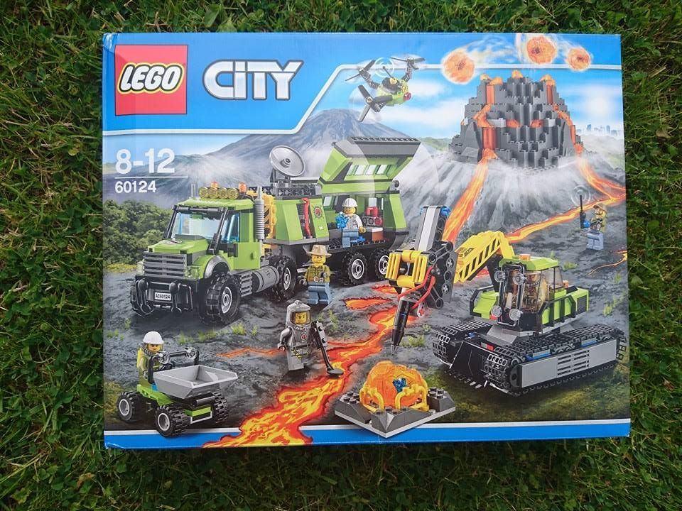 Lego City Volcano Exploration base box