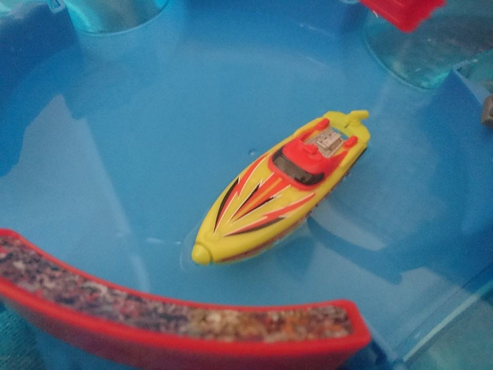 microboat water