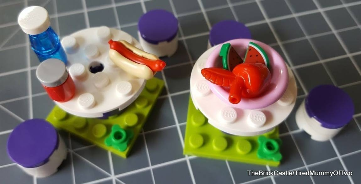 lego-tabls-chairs-hot-dogs