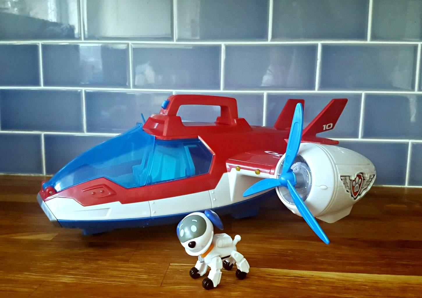 pp-air-patroller-plane-dog